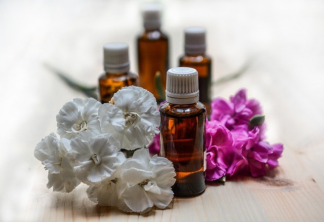 essential-oils-Carine Camara Acupuncture